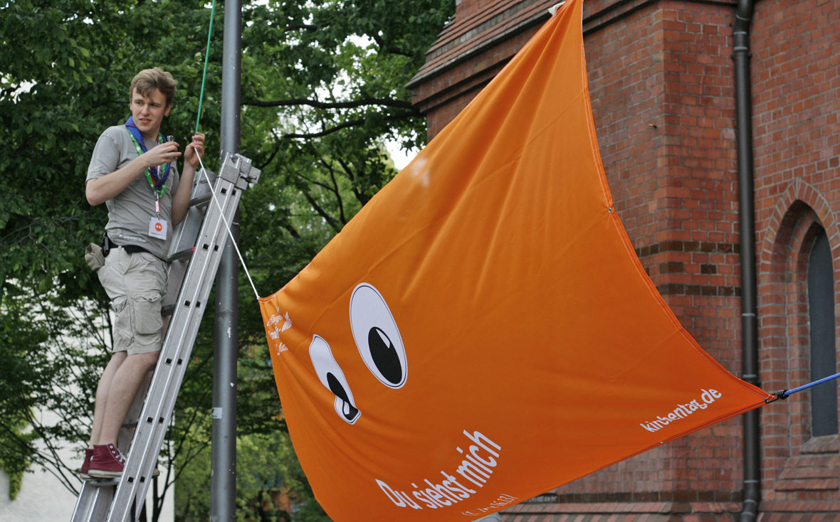 Das Banner hängt!