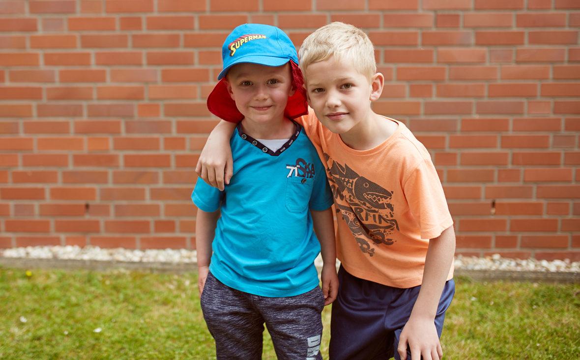 Zwei coole Jungs