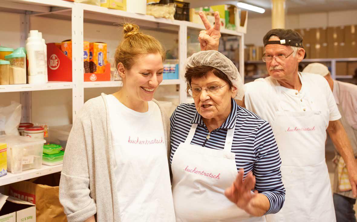 Zu Besuch bei Kuchentratsch: Opa Norbert zeigt Hasenohren