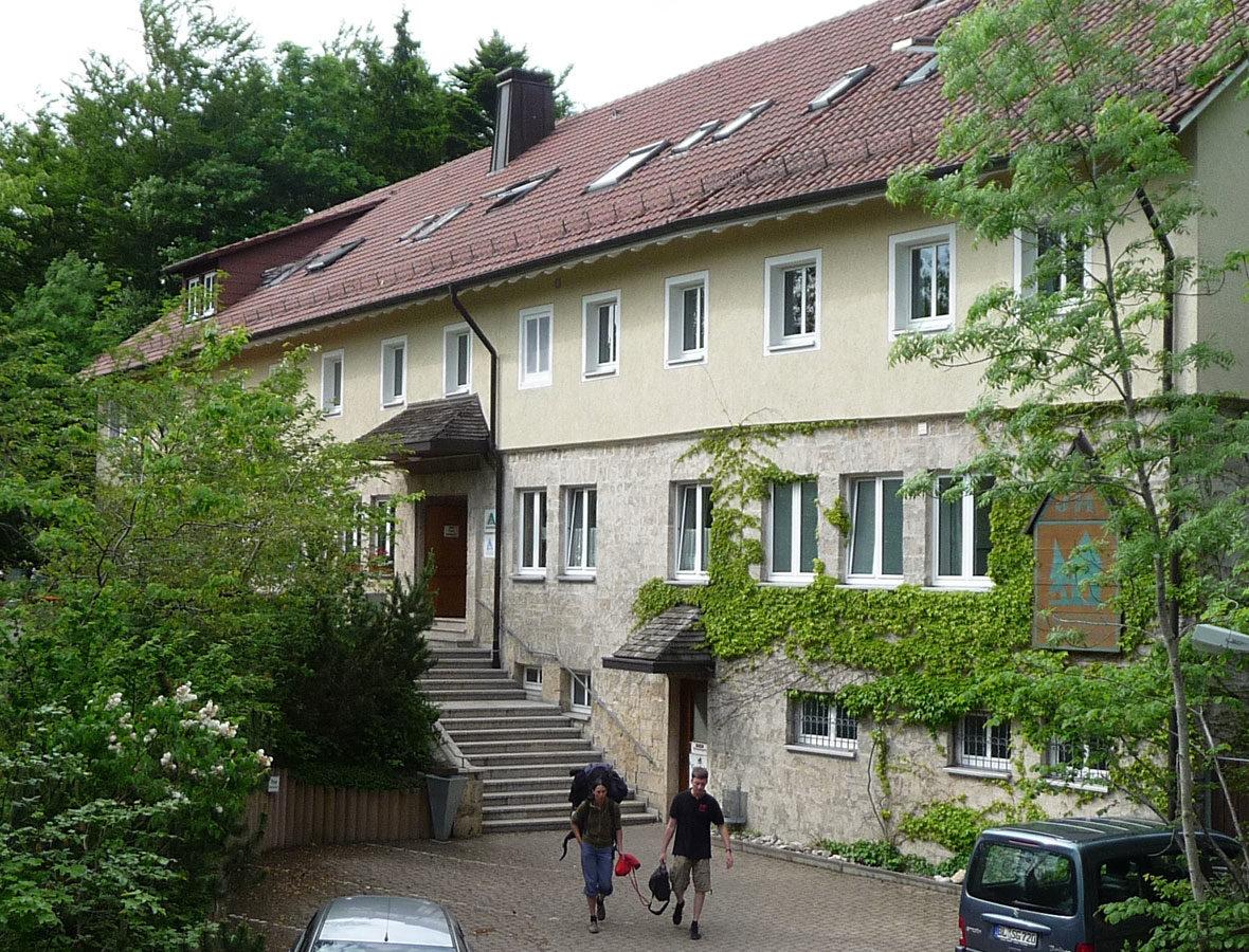 Foto: Die Jugendherberge von außen.