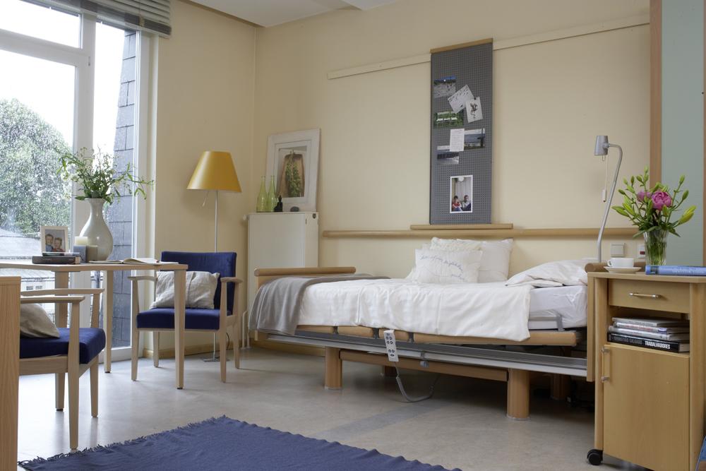Ein leeres Zimmer im Hospiz.