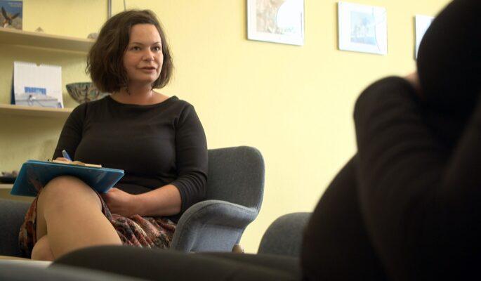 Die Beratung geht auf die Sorgen und Ängste der Schwangeren ein und hilft ihnen kostenlos.